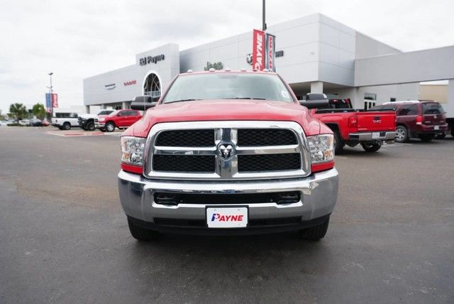 2018 Ram 3500 Crew Cab DRW 4x4,  Pickup #G392696 - photo 3