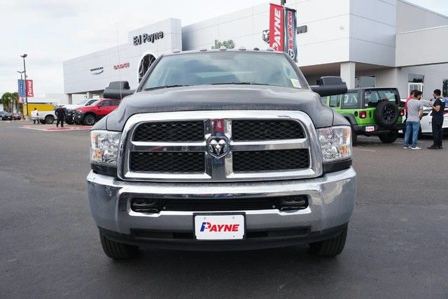 2018 Ram 3500 Crew Cab DRW 4x4,  Pickup #G407946 - photo 3
