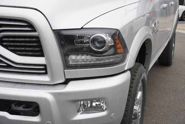 2018 Ram 2500 Crew Cab 4x4,  Pickup #G430118 - photo 4