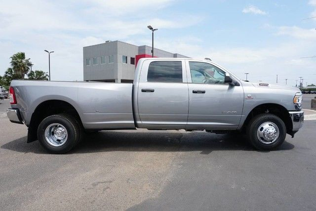 2019 Ram 3500 Crew Cab DRW 4x4,  Pickup #G533878 - photo 21