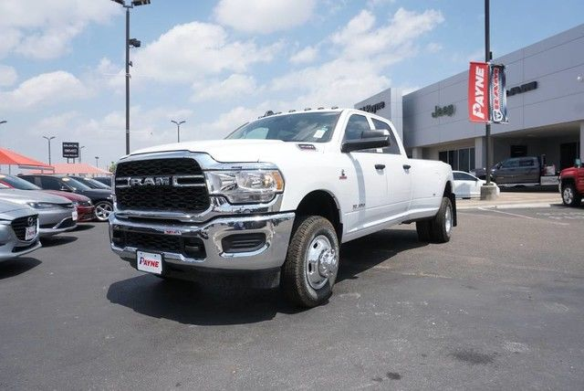 2019 Ram 3500 Crew Cab DRW 4x4,  Pickup #G552819 - photo 1