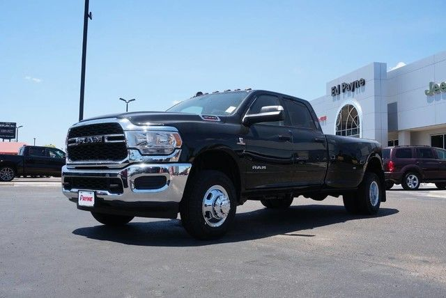 2019 Ram 3500 Crew Cab DRW 4x4,  Pickup #G612492 - photo 1