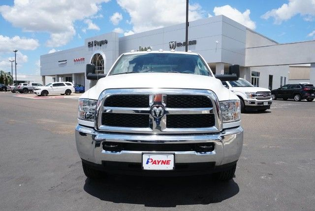 2018 Ram 3500 Crew Cab DRW 4x4,  Platform Body #JG376730 - photo 3