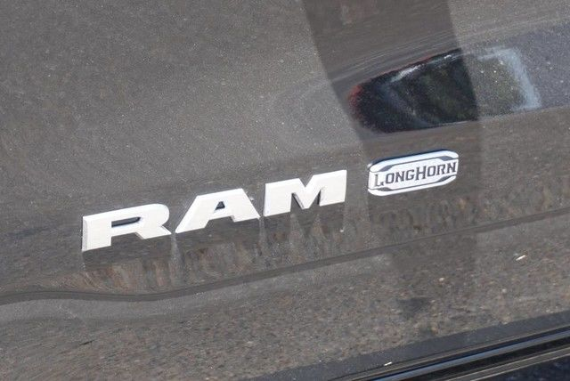 2019 Ram 1500 Crew Cab 4x4,  Pickup #KN832146 - photo 10