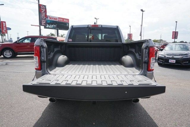 2019 Ram 1500 Crew Cab 4x2,  Pickup #N581782 - photo 18