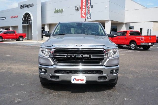 2019 Ram 1500 Crew Cab 4x2,  Pickup #N581782 - photo 3