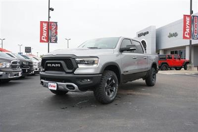2019 Ram 1500 Crew Cab 4x4,  Pickup #N583361 - photo 1