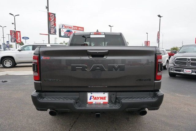 2019 Ram 1500 Crew Cab 4x4,  Pickup #N583399 - photo 2