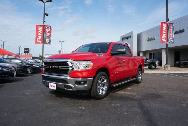 2019 Ram 1500 Crew Cab 4x2,  Pickup #N601336 - photo 1