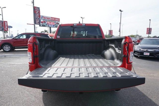 2019 Ram 1500 Crew Cab 4x2,  Pickup #N601336 - photo 18
