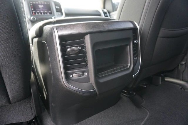 2019 Ram 1500 Crew Cab 4x2,  Pickup #N601336 - photo 21