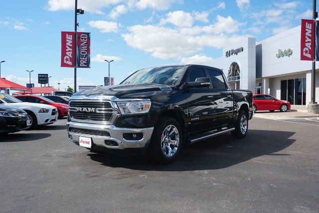 2019 Ram 1500 Crew Cab 4x2,  Pickup #N601340 - photo 1