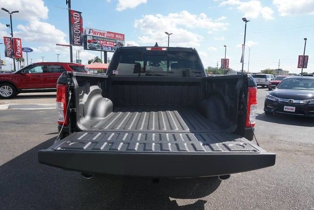2019 Ram 1500 Crew Cab 4x2,  Pickup #N601340 - photo 18
