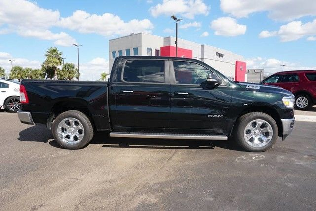 2019 Ram 1500 Crew Cab 4x2,  Pickup #N601340 - photo 19