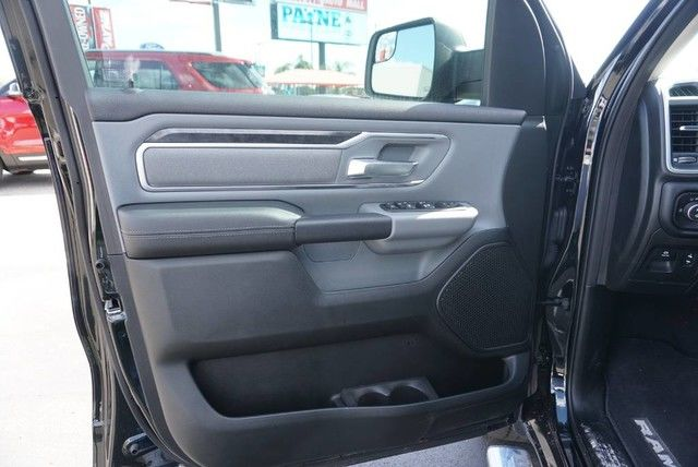 2019 Ram 1500 Crew Cab 4x2,  Pickup #N601340 - photo 25