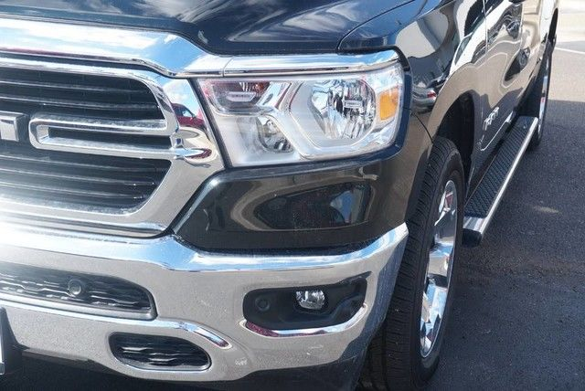 2019 Ram 1500 Crew Cab 4x2,  Pickup #N601340 - photo 4