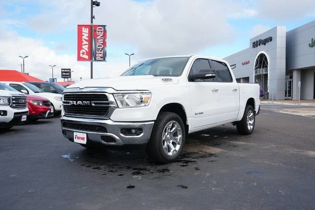 2019 Ram 1500 Crew Cab 4x4,  Pickup #N624829 - photo 3
