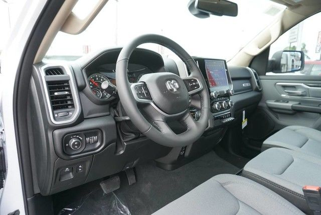 2019 Ram 1500 Crew Cab 4x4,  Pickup #N624829 - photo 26
