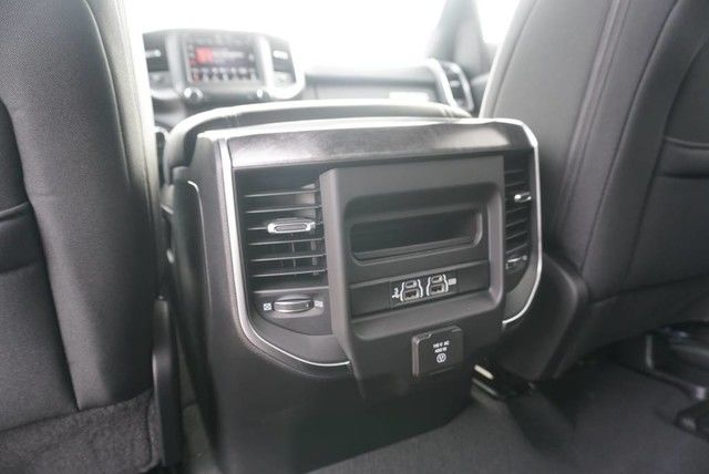 2019 Ram 1500 Crew Cab 4x2,  Pickup #N667439 - photo 20