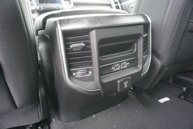 2019 Ram 1500 Crew Cab 4x2,  Pickup #N667442 - photo 20