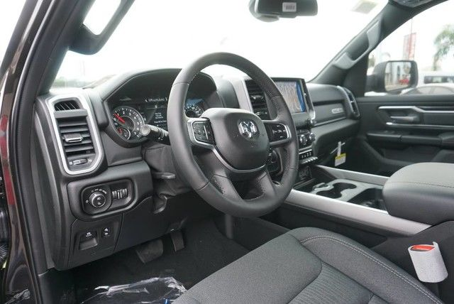 2019 Ram 1500 Crew Cab 4x2,  Pickup #N667442 - photo 23