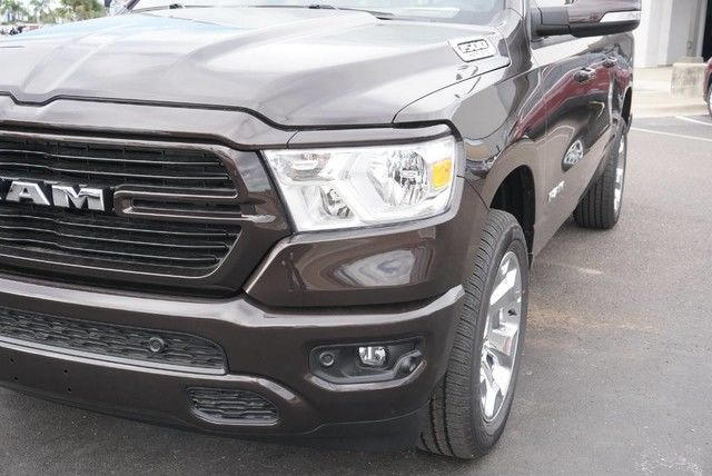 2019 Ram 1500 Crew Cab 4x2,  Pickup #N667442 - photo 4