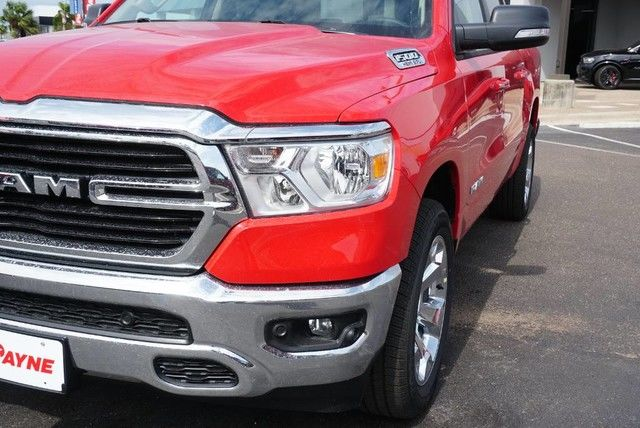 2019 Ram 1500 Crew Cab 4x2,  Pickup #N680171 - photo 4