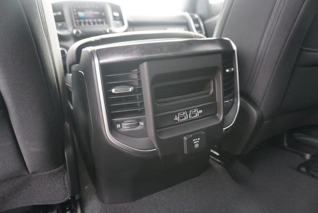 2019 Ram 1500 Crew Cab 4x2,  Pickup #N683641 - photo 20