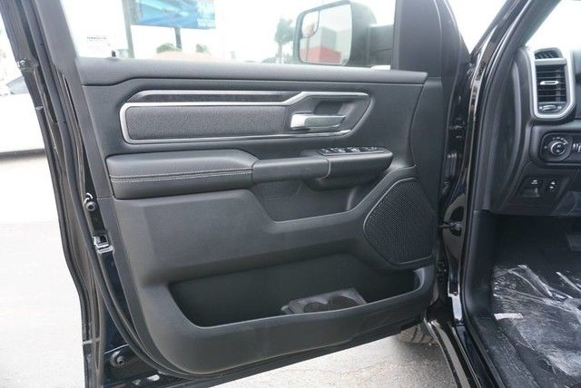 2019 Ram 1500 Crew Cab 4x2,  Pickup #N683641 - photo 24
