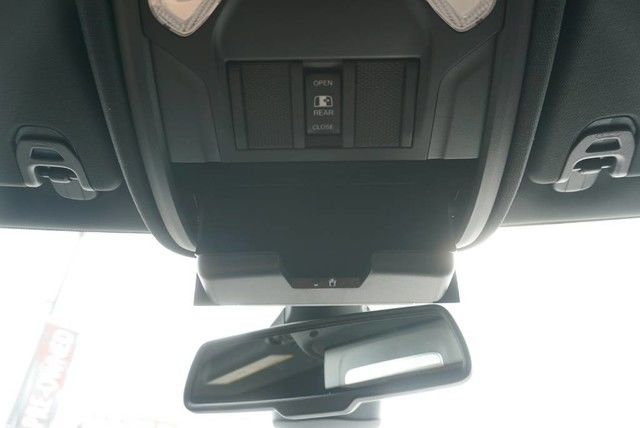 2019 Ram 1500 Crew Cab 4x2,  Pickup #N683641 - photo 34