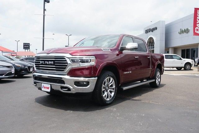 2019 Ram 1500 Crew Cab 4x2,  Pickup #N751036 - photo 1