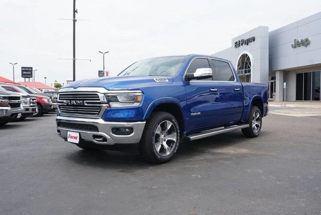 2019 Ram 1500 Crew Cab 4x2,  Pickup #N770475 - photo 1