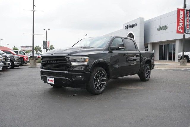2019 Ram 1500 Crew Cab 4x2,  Pickup #N792667 - photo 1