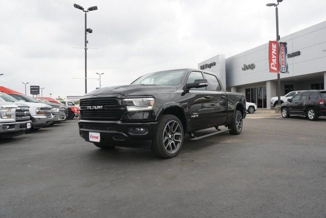 2019 Ram 1500 Crew Cab 4x4,  Pickup #N814884 - photo 1