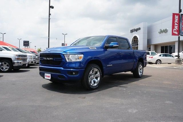 2019 Ram 1500 Crew Cab 4x2,  Pickup #N844703 - photo 1