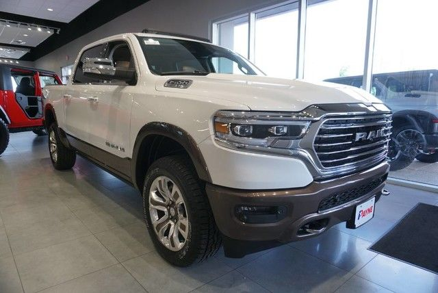 2019 Ram 1500 Crew Cab 4x4,  Pickup #N887420 - photo 1
