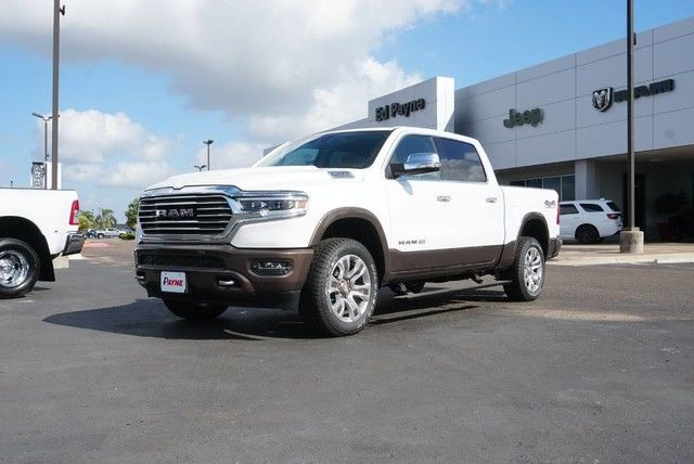 2019 Ram 1500 Crew Cab 4x4,  Pickup #N887430 - photo 1