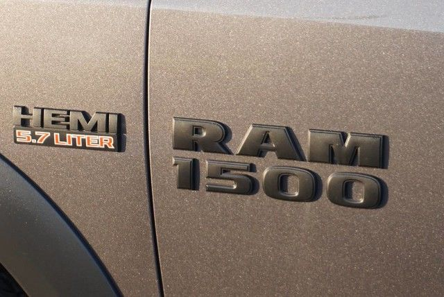 2018 Ram 1500 Crew Cab 4x4, Pickup #S102468 - photo 8