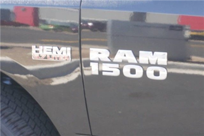 2018 Ram 1500 Crew Cab 4x4, Pickup #S111817 - photo 7