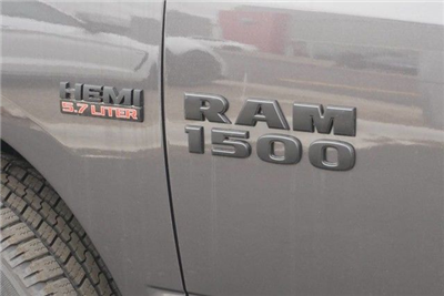 2018 Ram 1500 Crew Cab 4x4,  Pickup #S184916 - photo 7