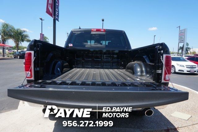 2017 Ram 1500 Crew Cab 4x4, Pickup #S799814 - photo 17