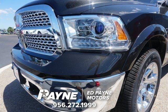 2017 Ram 1500 Crew Cab 4x4, Pickup #S799814 - photo 4