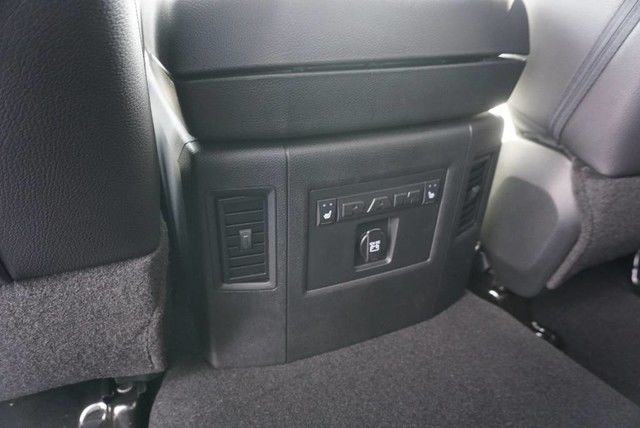 2017 Ram 1500 Crew Cab 4x4, Pickup #S876444 - photo 20