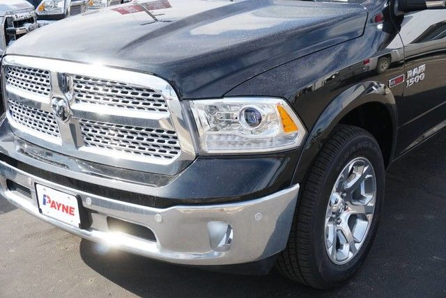 2017 Ram 1500 Crew Cab 4x4, Pickup #S876444 - photo 4