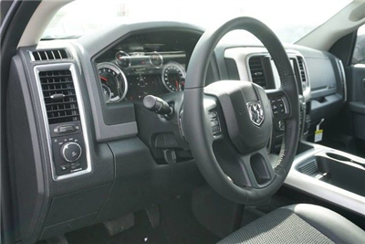 2017 Ram 1500 Crew Cab 4x4, Pickup #S882007 - photo 26