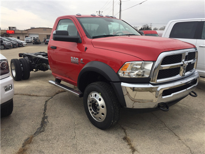 2018 Ram 5500 Regular Cab DRW 4x4, Cab Chassis #12719J - photo 4