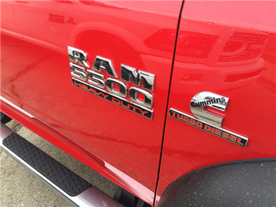 2018 Ram 5500 Regular Cab DRW 4x4, Cab Chassis #12719J - photo 5