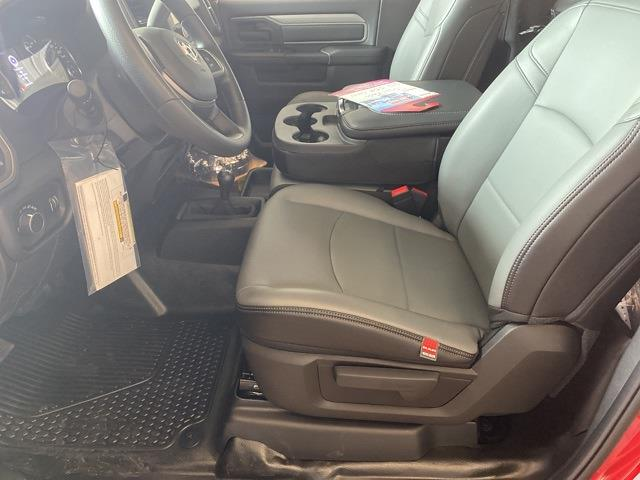 2021 Ram 5500 Regular Cab DRW 4x4,  Cab Chassis #13846M - photo 10