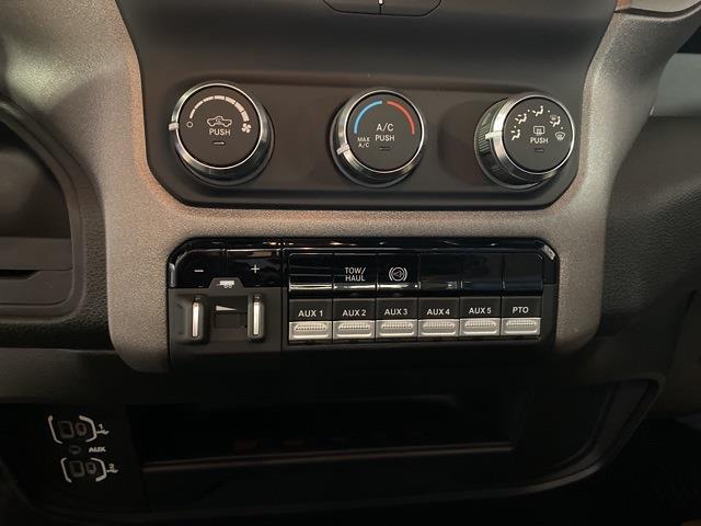 2021 Ram 5500 Regular Cab DRW 4x4,  Cab Chassis #13847M - photo 13