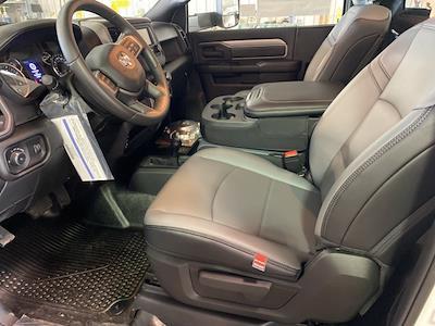 2021 Ram 5500 Regular Cab DRW 4x4,  Cab Chassis #13847M - photo 9
